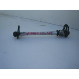 Axe de roue complet pour 125 SR