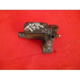Maître cylindre de frein avant pour PEUGEOT 50 TREEKER - VIVACITY