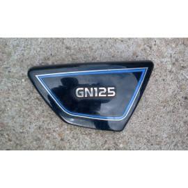 Cache lat�ral Suzuki 125 GN