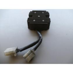 Régulateur HONDA 125 CM    Ref: SH 532-12