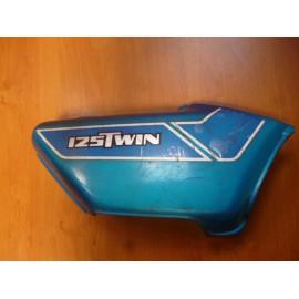 Cache lat�ral gauche Honda CB 125 Twin