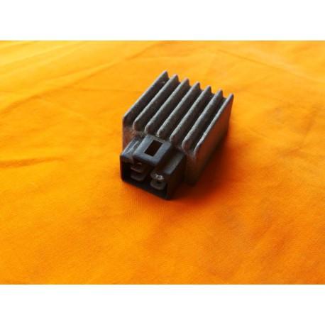 Regulateur Shindengen SH610-12