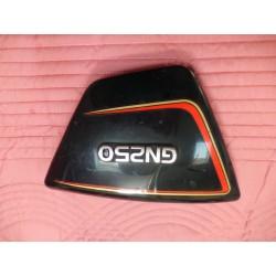 Cache latéral gauche Suzuki GN 250